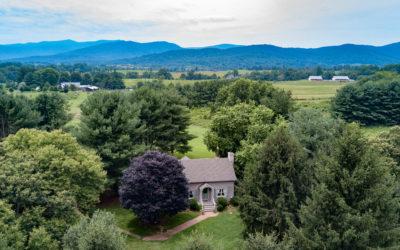 LeFay Cottage at Little Washington featured in Washingtonian Wedding Magazine
